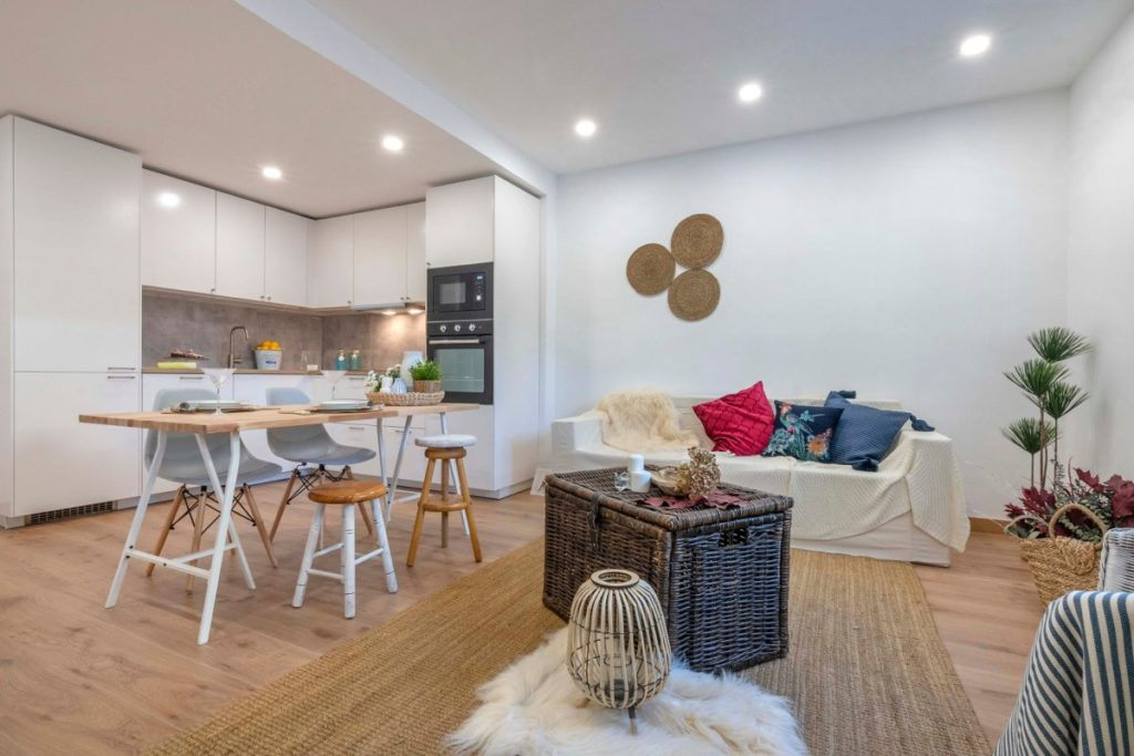[:es]Precioso piso en el centro de Sitges!!![:ca]ref-5807110OH/5745[:]