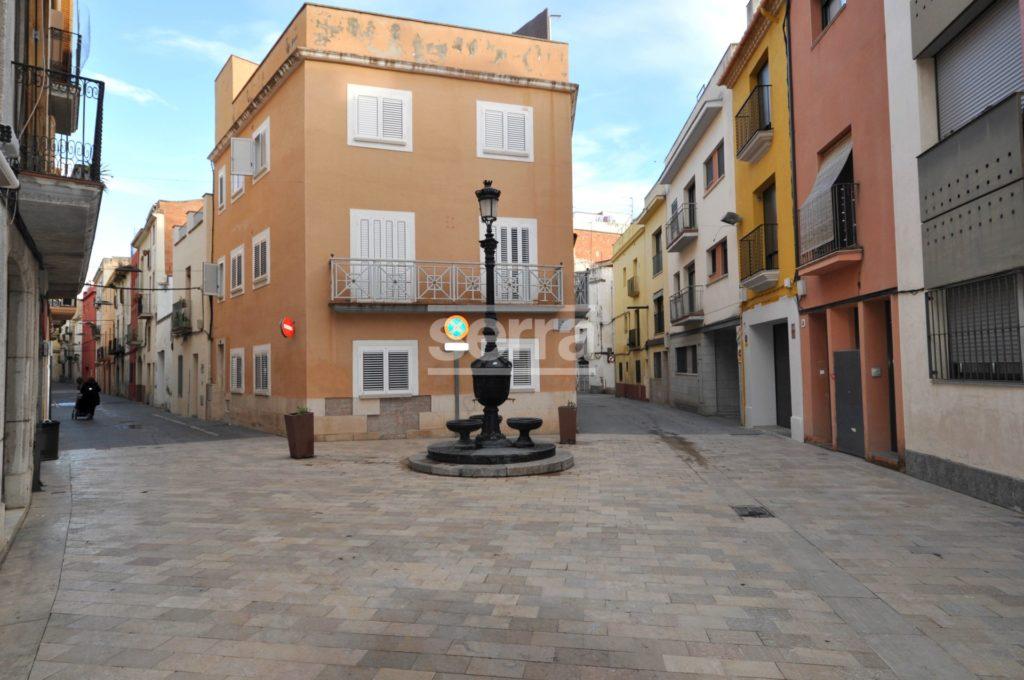 [:es]Dúplex de 110 m2 en el casco antiguo de Vilanova[:ca]Dúplex de 110 m2 al nucli antic de Vilanova[:]