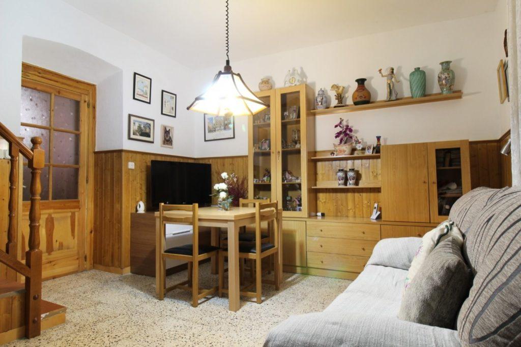 [:es]Casa de 168 m2 en el centro de Vilanova[:ca]Casa de 168 m2 al centre de Vilanova[:]